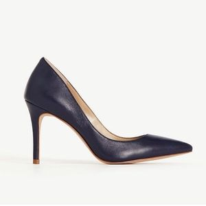 ❌SOLD❌ Ann Taylor Mila Leather Pumps in Navy